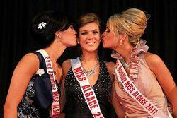 Morgane-mutschler-elue-miss-alsace-2011-du-comite-fontenay-ici-avec-la-1ere-dauphine-tiffany-yousfi